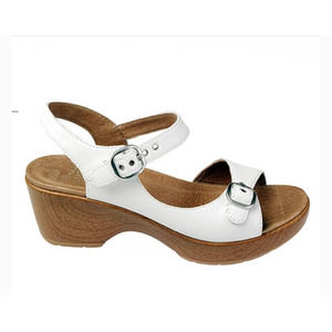 Dansko White Joani Full Grain Clog Sandals 40